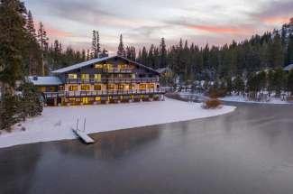 Ice Lakes Lodge