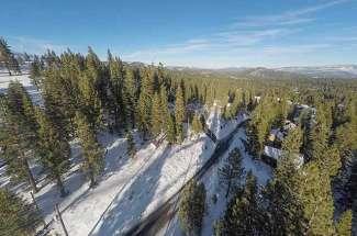 16304 Ski Slope Way